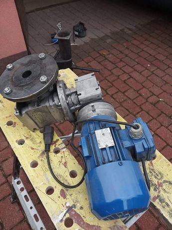 Przekładnia motoreduktor z silnikiem do pieca na ekogroszek