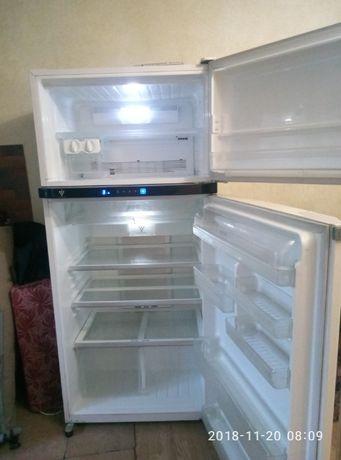 холодильник SHARP SJ-PT690R-BE