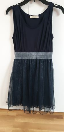 Sukienka 9 -10 lat