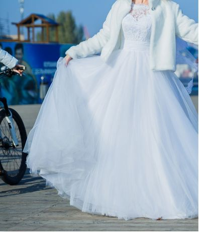 Свадебное платье с шубкой!