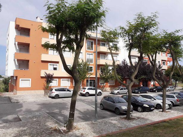 Apartamento T2+1 no bairro do serrado