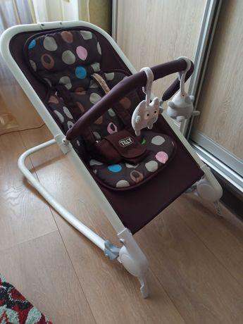 Детский шезлонг-качалка Baby Tilli