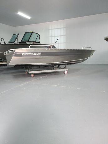 алюминиевую лодку windboat 3.8