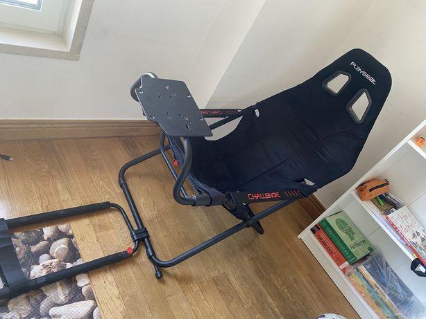 Vendo cadeira game , para jogo de carros !! PLAYSEAT / CHALLENGE
