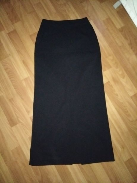 Длинная юбка в пол hennes. Размер 36. Состояние идеальное.