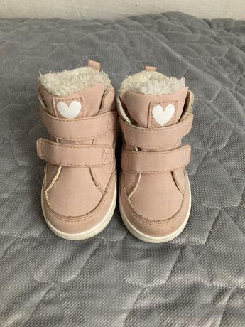 Buty zimowe H&M pudrowy roz rozmiar 22