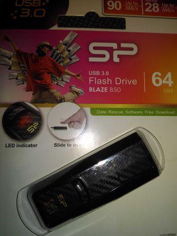 Флешка 64 Гб (silicon power, новая)
