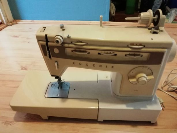 Maszyna do szycia Łucznik 884