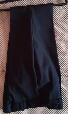 Spodnie wizytowe, eleganckie dla chłopca, granatowe, komunia r.140/146