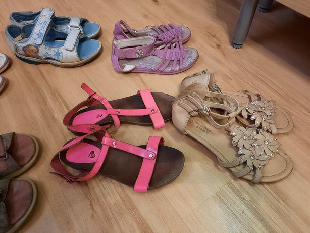 Sandałki dziewczęce od nr 28 do 33