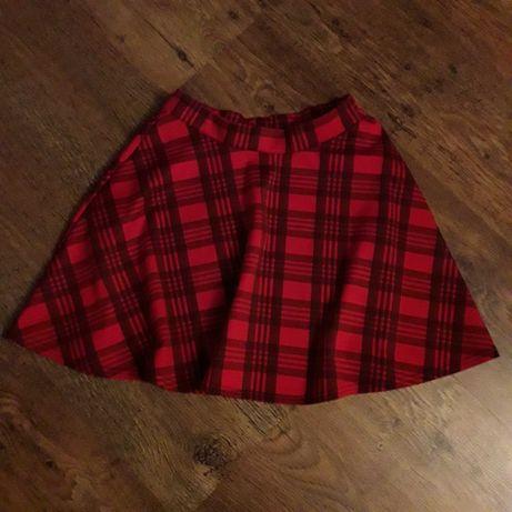 czerwona czarna krótka spódnica w kratkę rozkloszowana new look