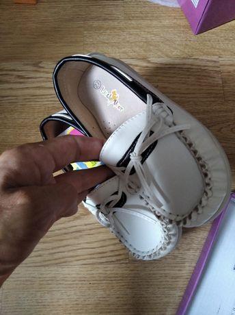 Туфельки туфлі макасіни 27 р 17 см
