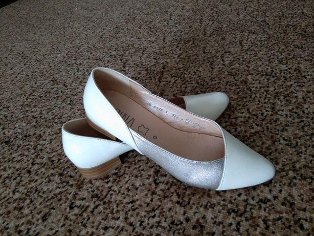 Туфли лодочки туфлі