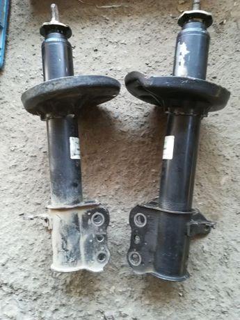 Амортизаторы Мазда 626 GF задние / Mazda 626 GF