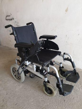 Wózek inwalidzki elektryczny składany CTM HS 6200