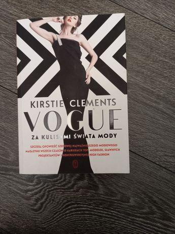 Książka Vogue używana, stan idealny