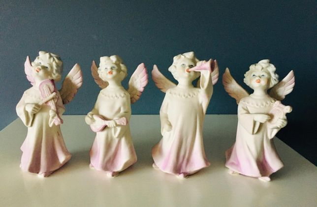 Conjunto de Anjinhos em Porcelana