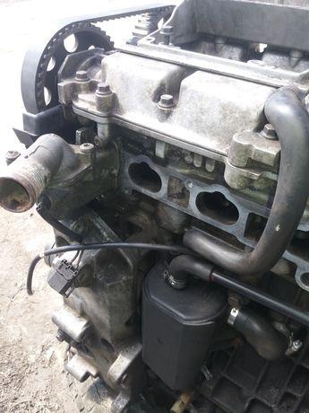 Двигун двигатель вольво s40 v40 1999 1.6 бензин B4164s рестайлінг розб