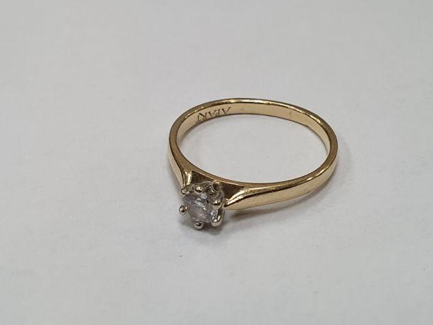 Apart! Piękny złoty pierścionek damski/ 0.2 CT/ 1.8 gram/ R11/ sklep
