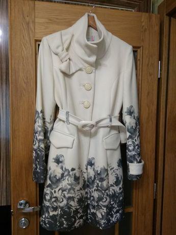 Пальто осенние, размер 46