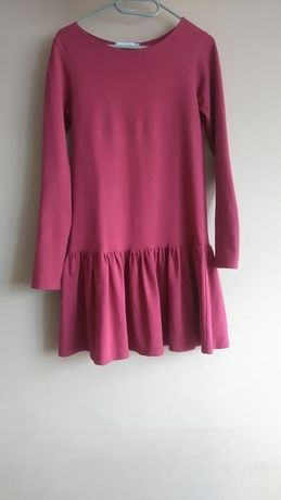 Bordowa sukienka z falbanką