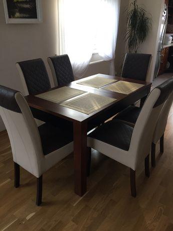 Krzesła tapicerowane sprzedam