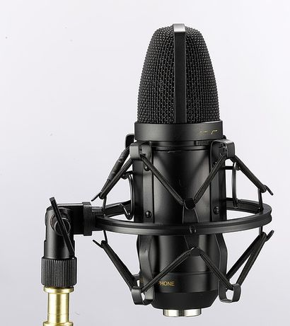 Microfone de estudio T-BONE novo.