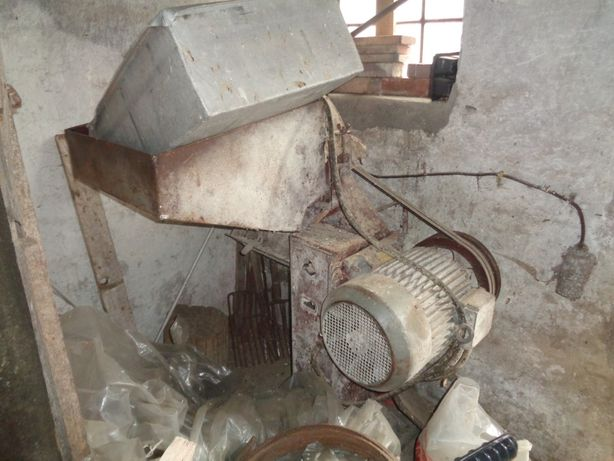 Przemysłowy śrutownik 11 KW