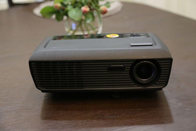 Продам проектор Dell 1210 S (2500 Лм)