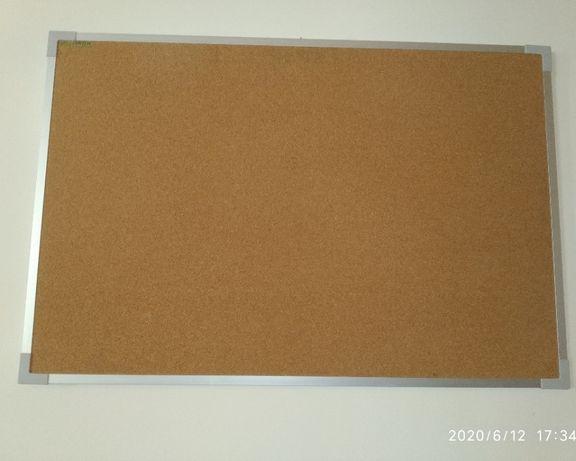 Quadro didáctico em cortiça, com 60x90 cm