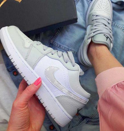 Кроссовки женские Nike Air Jordan 1 Mid найк аир джордан