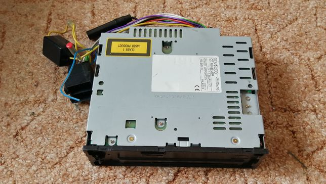 Ladny radioodtwarzacz samochodowy CD Kenwood KDC-5050RG