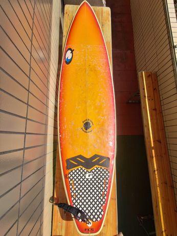 Prancha de surf 6.5 e Fato Semi-Novo Tamanho S