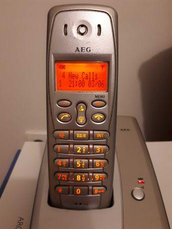 Telefon stacjonarny bezprzewodowy DECT