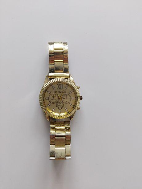 Złoty zegarek na bransolecie Michael Kors