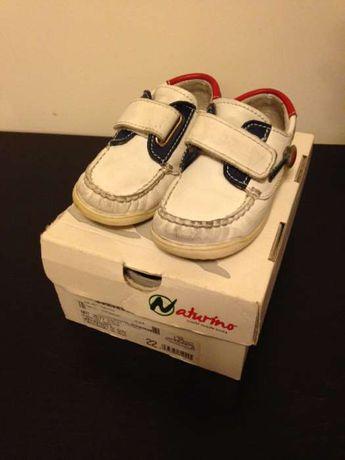 Sapatos Naturino 22