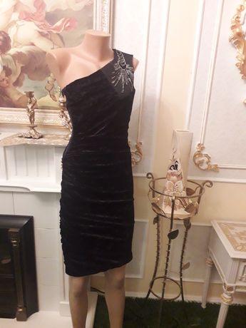velvet feather dress Черное бархатное платье на одно плечо