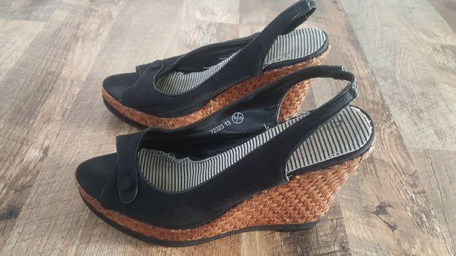 Koturny sandały czarne 39 buty na koturnie