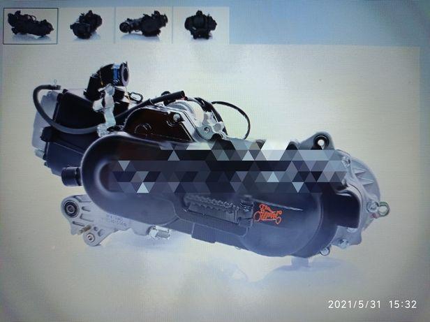 Продам новый двигатель скутер 80 кубов под один амортизатор ЕСТЬ И ДРУ