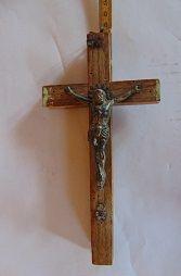 Stary przedwojenny krzyż.