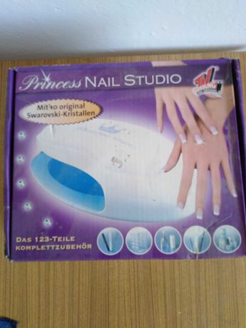Lampa do paznokci Princess nails studio.