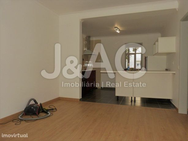 Apartamento T1+1 (3 Assoalhadas) para Arrendar em Cascais...