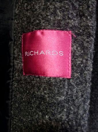 Пальто от бренда Richards