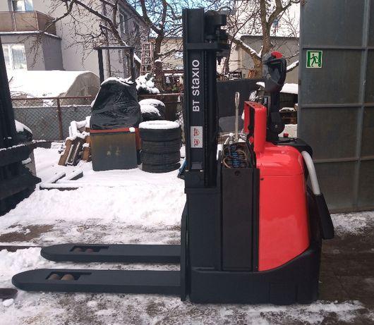 BT SPE125-elektryczny,udźwig 1250kg,2350mm,2011rok,3137mtg
