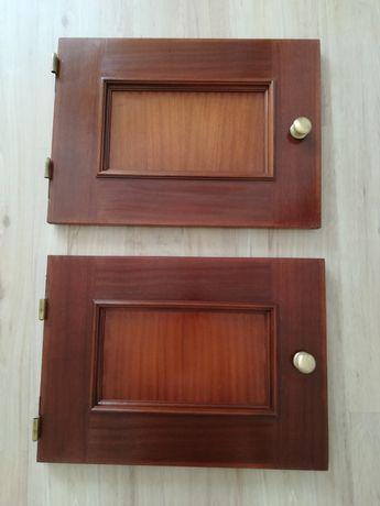 2 portas de roupeiro de parede
