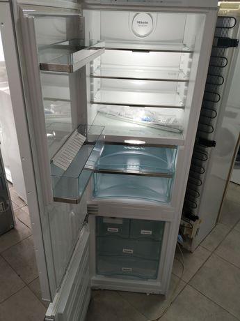 2020 Год !!!Сенсорный холодильник Miele KFN 37692 iDE (Встройка)