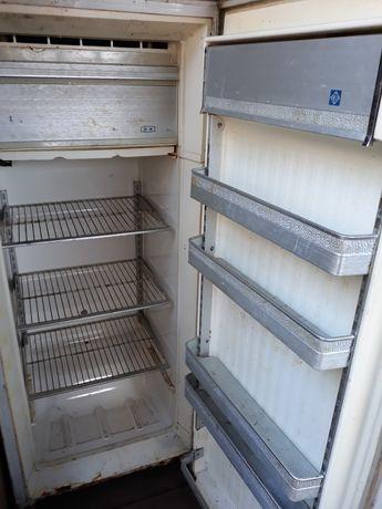Холодильник Донбасс