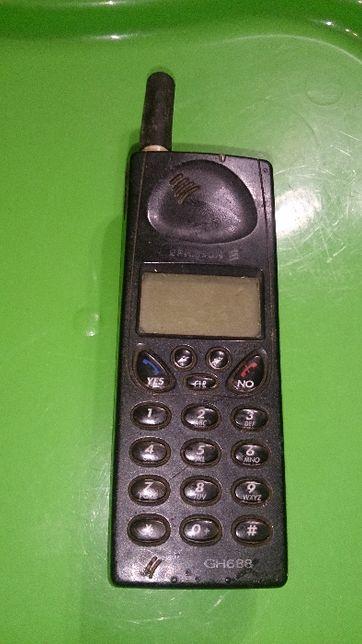 Раритет. Сотовый телефон Ericsson GH 688