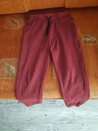 Spodnie dresowe chłopięce 128