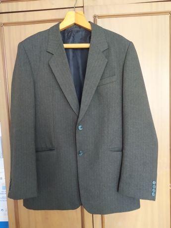 Пиджак мужской. Цвет тёмный хаки. 50 р
